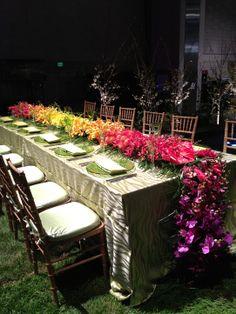 Sullivan-Owen-Floral-Runner-Tropical-Hawaii-Flower-Show-2012 Less Ball, more girls' dinner chez Sue Weymouth x