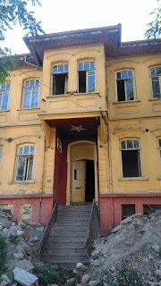 Turkish Architecture, Historic Homes, Traditional House, Istanbul, Abandoned, Mansions, House Styles, Tips, Home Decor
