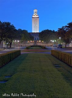 tour the state capitol