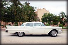 Cadillac Sedan DeVille 1958. Perfil.