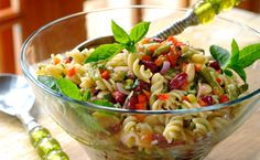 THREE BEAN PASTA SALAD -Perfect to prepare ahead of time and leave in the fridge for the flavours to develop! Salad Dishes, Pasta Salad Recipes, Healthy Salad Recipes, Salads, Yummy Recipes, 3 Bean Salad, Three Bean Salad, Healthy Christmas Recipes, Healthy Habbits