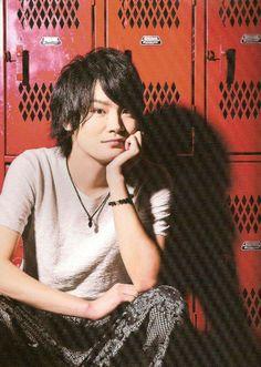 Yoshimasa Hosoya (Nezumi from No.6, Asahi from Haikyuu!!, Sosuke from Free! Eternal Summer, Masrur from Magi, etc.)