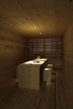 Architect Federico Delrosso designed his new studio in Milan Empty Spaces, News Studio, Space Architecture, Italian Style, Wood And Metal, Colored Glass, Minimalism, Concrete, Interior Design
