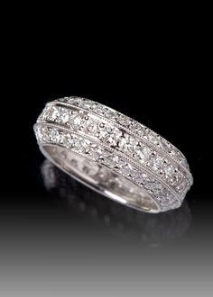 JPratt Designs: Custom Designed Platinum and Diamond Wedding Band