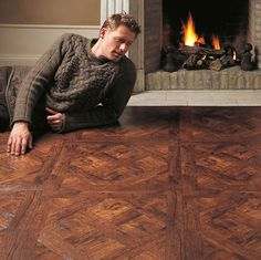 How to choose the ideal living room floor Light Oak, Living Room Flooring, Laminate, Cosy Room, Laminate Flooring, Flooring, Room Flooring, Room Type, Versailles