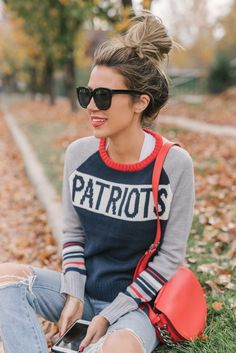 Obsessed with this vintage inspired sweater for football season