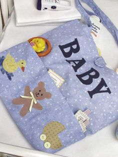 Baby Tote... very cute free sewing pattern.