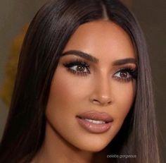 Kylie liked on kimberlys features antiaging blackskincare estheticians eyecreams features hairremoval imageskincare kim kardashian goes full elle woods again! Kim Kardashian Cabelo, Kim Kardashian Makeup Looks, Kim Kardashian Eyebrows, Kim Kardashian Wedding, Kim Kardashian Make Up, Kim Kardashian Ponytail, Kardashian Style, Kim Kardashian Hairstyles, Kim Kardashian Blazer