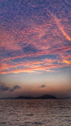 01 July 19:42 博多湾の小焼けです。 #sunset glow