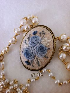 프랑스자수 브로치 : 네이버 블로그 Polymer Clay Embroidery, Embroidery Jewelry, Embroidery Patterns, Embroidered Roses, Most Beautiful Models, Brazilian Embroidery, Ribbon Work, Applique, Stitch