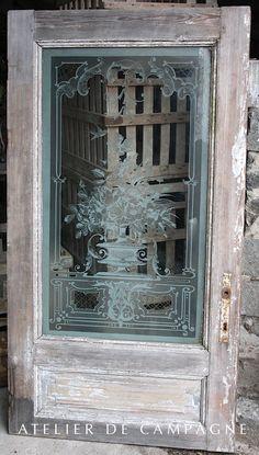 #22/085 Etched Glass Door