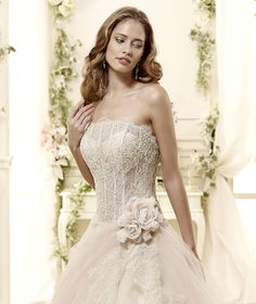www.nicolespose.it  #Colet #2015Collection  #wedding dress #nicolespose ► http://www.nicolespose.it/it/abito-da-sposa-Colet-Eilis-COAB15296CH-2015?utm_source=facebook.comutm_medium=postutm_term=COAB15296CHutm_content=collezione2015utm_campaign=colet