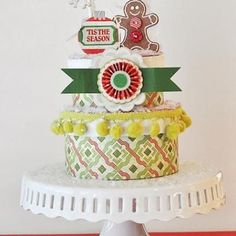 Merry Makings Paper Cake {Centerpiece Ideas}