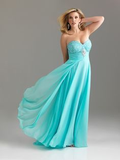 Robe Longue Grande Taille Bleue Claire :