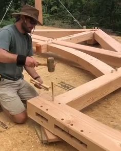 Unique Woodworking, Woodworking Hand Tools, Easy Woodworking Projects, Popular Woodworking, Teds Woodworking, Pallet Projects, Woodworking Store, Woodworking Magazine, Easy Projects