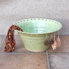 Jewellery earring bowl for organising and displaying your jewelry ceramic £17.99