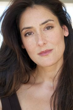 Alicia Coppola - she shows up on quite a few shows as a one time guest star. I think she's a very talented actress. She had a more regular role on Jericho. Chloe King, Malia Hale, Amazing Women, Beautiful Women, Beautiful People, Latest Celebrity Gossip, The Perfect Getaway, Celebs, Celebrities