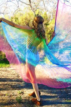 Nothing can be truer than fairy wisdom. It is as true as sunbeams and their magic sparkles in nature. These isis wings are made with iridescent pleated fabric and come with two lightweight metal rods Rave Outfits, Hot Outfits, Festival Wear, Festival Fashion, Rave Gear, Pleated Fabric, Fairy Dress, Fantasy Costumes, Fairy Wings