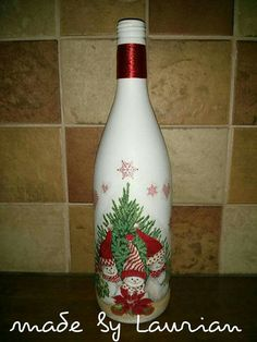 Crafts With Glass Jars, Glass Bottle Crafts, Wine Bottle Art, Jar Crafts, Glass Bottles, Recycled Wine Bottles, Painted Wine Bottles, Christmas Wine Bottles, Bottle Painting