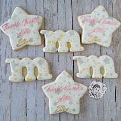 A gorgeous #pink #silver and #gold #twinkle twinkle #little #star set of #cookies that I got to make for a #1st #birthday! Loved all of the #sparkle! #cookiesbyqui #geelong #decoratedcookies #decoratedbiscuits #biscuits #customcookies #customdecoratedcookies #customdecoratedbiscuits #cookiesmadebygiftedhands #edible #foodporn #royalicing #cookiesofinstagram #sugar #cookieart