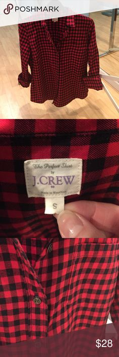 """J Crew """"The Perfect Shirt"""" in gingham Closet essential! Comfortable and super stylish red and black J Crew button down in size S. Cotton. Long roll-up sleeves w/button pocket. J. Crew Tops Button Down Shirts"""
