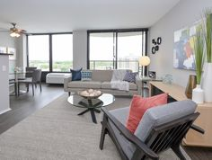 Luxurious Living Area | Apartment in Chicago, IL | Pensacola Place