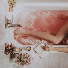Blissful Living: the truth about rituals (The Decorista) Pamper Evening, Spa Night, Dream Bath, Relaxing Bath, Home Spa, Spa Day, Bath Time, Self Care, Bath And Body