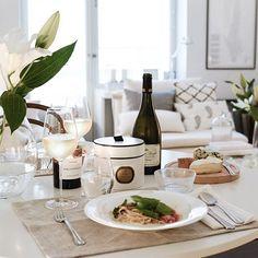 Table setting | Mia Sophia on Instagram