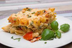 14 egyszerű rakott tészta hétköznap estékre | Mindmegette.hu Spanakopita, Ricotta, Lasagna, Ethnic Recipes, Foods, Food Food, Food Items, Lasagne