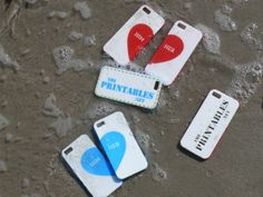 3D printed phone cases in the sea. Available on www.theprintables.net