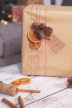 Plain brown paper is so cheap but makes such a lovely base for wrapping, #gift #gifts #giftwrapping #giftwrappingideas #giftwrappingideasforchristmas #giftwrappingdiy https://www.beetsandapples.com/