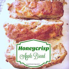 Honeycrisp Apple Bread {Quick Bread Recipe} - Basilmomma Honeycrisp Apple Pie Recipe, Apple Recipe Quick, Quick Apple Dessert, Apple Recipes Easy, Honeycrisp Apples, Apple Dessert Recipes, Quick Bread Recipes, Snack Recipes, Fall Recipes