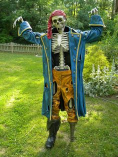 Super Dooper Photo-Op Pirate Prop - Page 24 - HauntForum...would love to do this for Halloween...people usually use our yard for photo opportunities anyhow