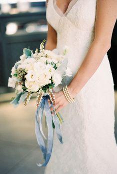 bouquet | Powder blue hydrangea Wedding | Ispirazione primaverile: Ortensie azzurro polvere http://theproposalwedding.blogspot.it/ #wedding #spring #blue #hydrangea #matrimonio #primavera #ortensie #blu