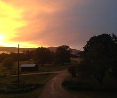 More post-rain sunset. I wish I could have captured the range of colors spanning from east to west! #vt #sunset #vermont #farm #dirtroad