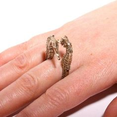 Fun two seahorses ring