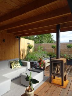 Tuinhuis met overkapping 43 - Van der Heijden Backyard Garden Design, Backyard Patio, Garden Cabins, Outdoor Rooms, Outdoor Decor, Shed Plans, Back Gardens, Pavilion, Exterior