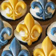 Chocolate Fleur de lis cupcake decorations for Cub Scouts Blue and Gold Banquet