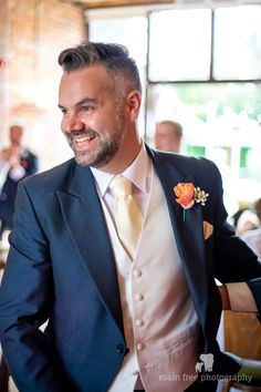 Black Tie offer the best possible quality, service and prices on tails and morning suits to hire. Wedding Suit Hire, Wedding Attire, Dark Grey Tuxedo, Morning Suits, Groom Ties, Wedding Invitations Online, Black Tie Wedding, Mens Suits, Menswear