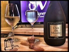 Score 94/100 Wine review, tasting notes, rating of Cattier Clos du Moulin, Champagne. Description of aroma, palate profile, flavors. Join the experience.