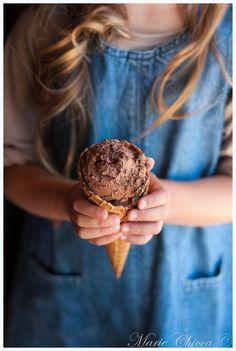 """3 glaces végétales délicieusement """"chocolat""""  (Recettes sans lait et à IG bas) (...PS : et sans sorbetière aussi !)"""