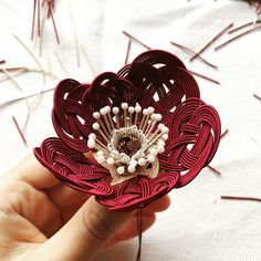 micono Fiber art powered by BASE Fabric Flower Tutorial, Fabric Flowers, Handmade Accessories, Hair Accessories, Japanese Party, Hair Ornaments, Wire Art, Handicraft, Jewelry Crafts