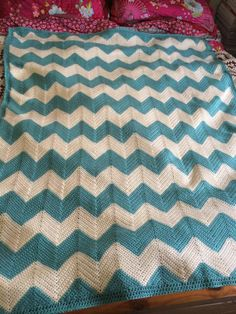 Lovely chevron blanket made with Aran, finished today