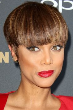 Tyra Banks Debuts Her Edgy Bowl Cut, 2015