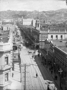 Looking southwest along Cuba Street, Wellington, circa Signs advertising Te Aro House, James Smith & Sons and the Masonic Hotel are visible. Old Pictures, Old Photos, Cuba Street, Wellington New Zealand, The Hutt, Kiwiana, Travel Information, British Isles, Auckland