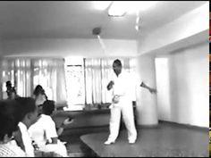 Capoeira Mestres Paulo Gomes, e Amorim: Grupos Ilha de Maré, e Meia Lua....