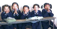 Kinder sagen Danke #Kinderhilfe #Nepal Nepal, Career Training, Young Adults, Thanks, School, Life