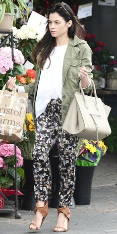Jenna Dewan-Tatum wears Madewell's Outbound Jacket, Peter Som for DesigNation pants (available April 10th), and a Celine bag.