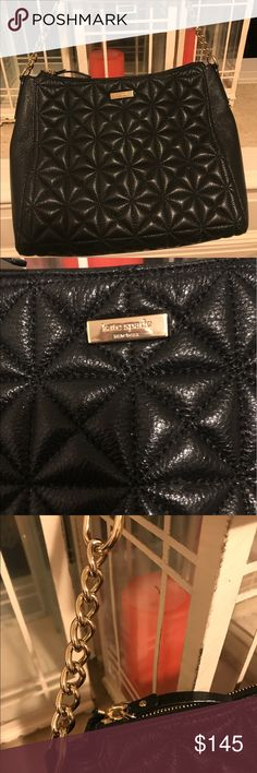 Kate Spade *PRICE DROPED* quilted purse Gently used Kate Spade quilted pattern purse. Normal signs of gentle use, no tears, normal signs of wear on the inside (see pictures). Feel free to make a reasonable offer! kate spade Bags