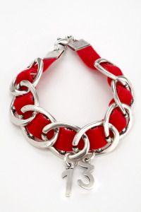 Las pulseras de @Cuca Simona hoy en @bazarmelopido Pulsera de la suerte para el 2013